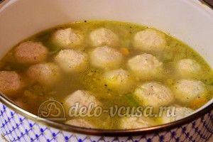Суп с куриными фрикадельками: Варить 3-5 минут