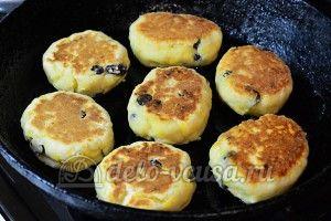 Сырники с тыквой: Обжарить