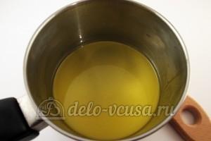 Шоколадные блинчики: Растопить масло