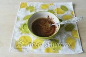 Брауни с орехами: Растапливаем шоколад и масло