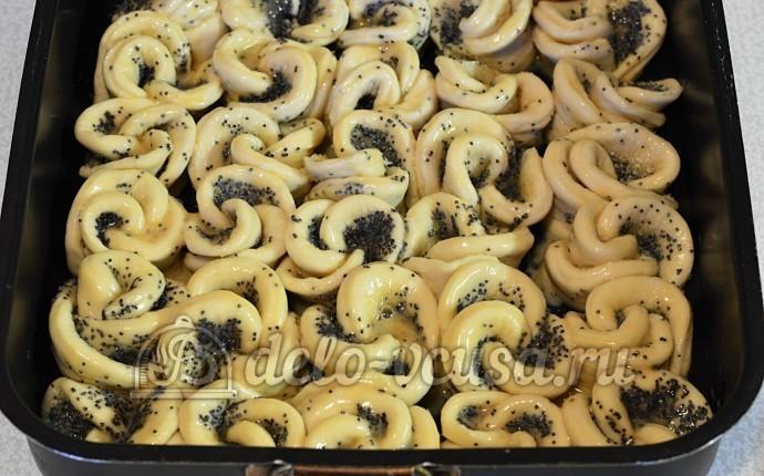 Дрожжевые булочки с маком пошаговый рецепт (19 фото)
