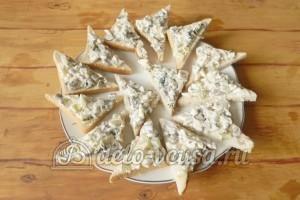 Бутерброды с шампиньонами и сыром: Выкладываем на хлеб начинку