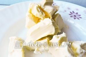 Гужеры с сыром: Размягчить масло