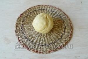 Корзиночки со сливочным кремом: Замешиваем песочное тесто