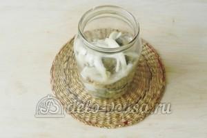 Маринованная скумбрия в банке: Полить маслом
