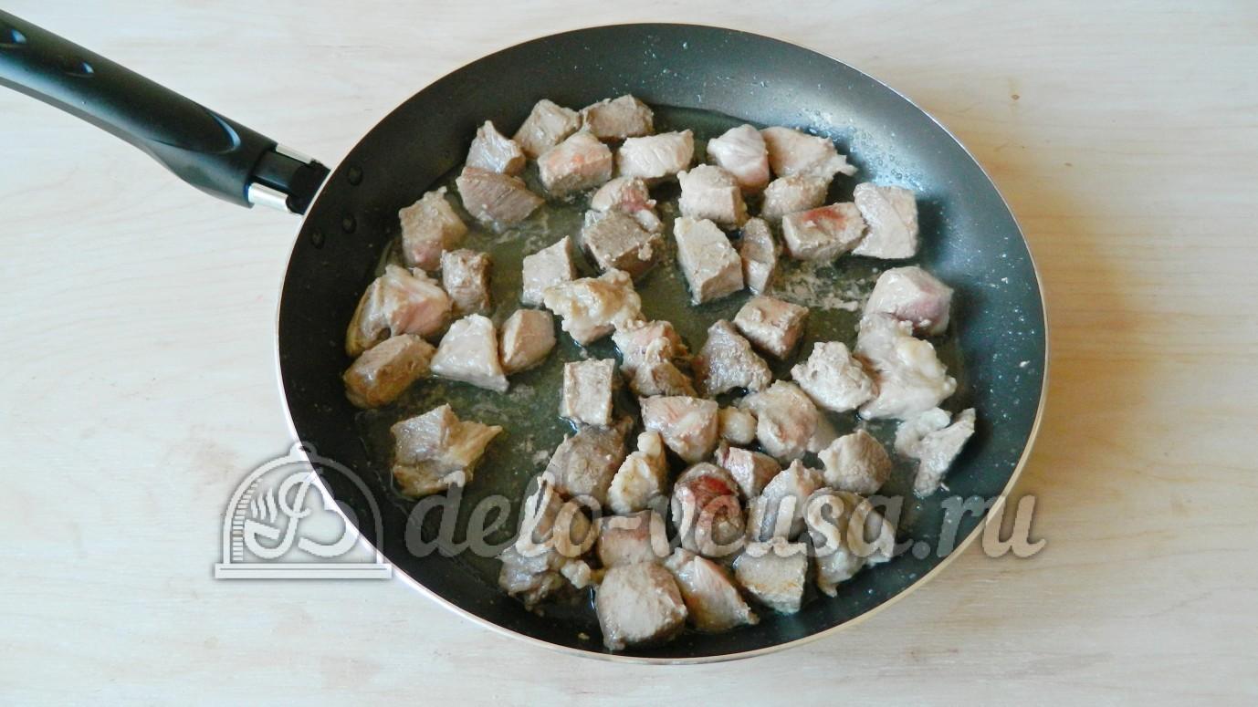 как готовить плов из свинины на сковороде