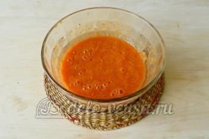 Соус из соленых помидоров: Измельчить помидоры