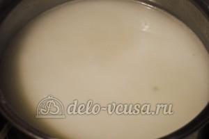 Суп из шампиньонов с плавленным сыром: Добавляем сыр к картошке