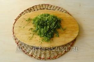 Суп с фрикадельками в мультиварке: Измельчить зелень