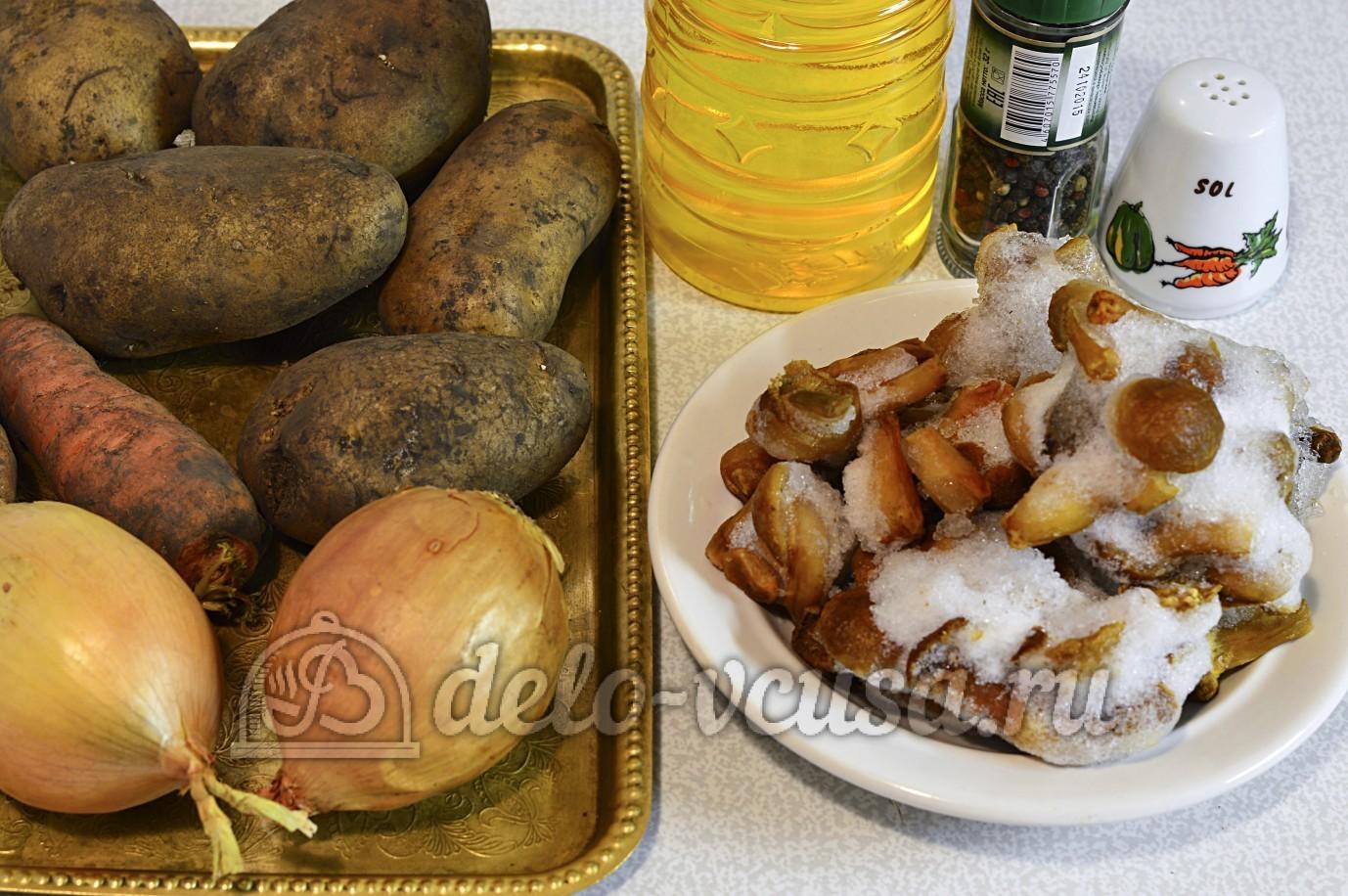 Суп с опятами и картошкой: Ингредиенты