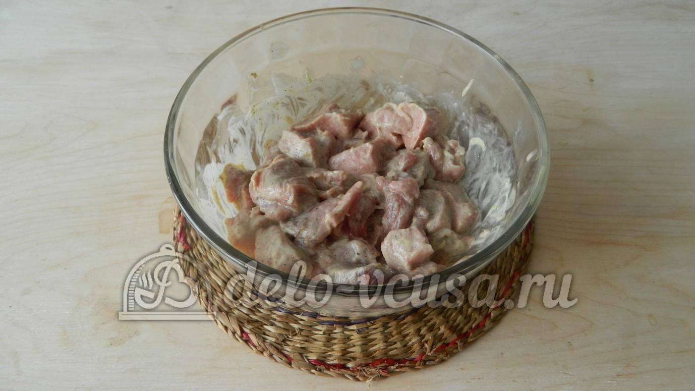 Как приготовить свинину в майонезе на сковороде рецепт