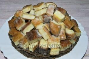 Торт Графские развалины из бисквита: Сформировать торт
