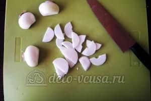 Куриное филе Сюрприз: Лук порезать полукольцами