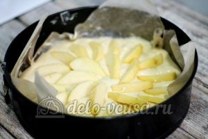 Английский яблочный пирог: Формируем пирог