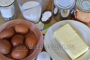 Бисквитный торт с масляным кремом: Ингредиенты