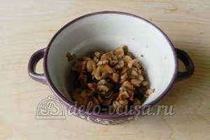 Гнезда из фарша с грибами: Промыть и нарезать грибы