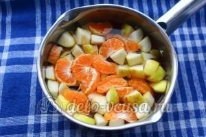 Кисель из мандаринов и яблок: Залить водой