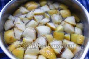 Кисель из мандаринов и яблок: Довести до кипения