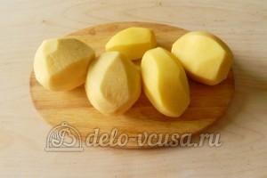 Картофельные чипсы в микроволновке: Картошку очистить