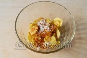 Картофельные чипсы в микроволновке: Добавить специи