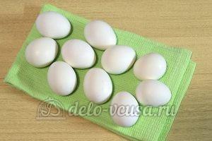 Пасхальные яйца в полоску: Яйца остудить