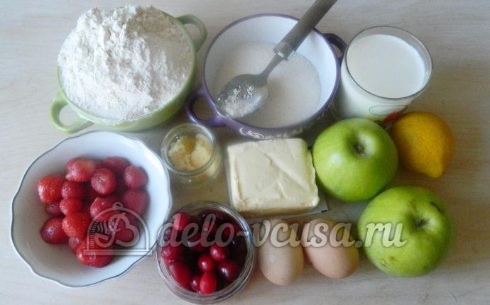 Пирог с яблоками и ягодами: Ингредиенты