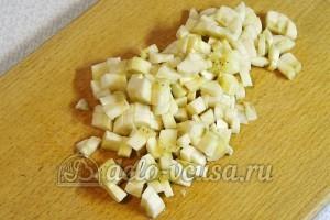 Фруктовый десерт: Нарезаем банан