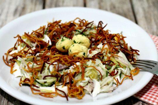 гнездо глухаря с колбасой салат рецепт с фото