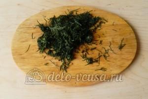 Щи из квашеной капусты: Измельчить укроп
