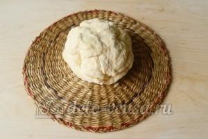 Слоеное бездрожжевое тесто: Замесить тесто