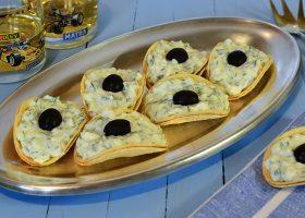 Сырная закуска на чипсах