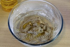 Кутабы из ржаной муки: Добавить масло