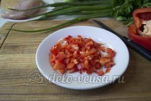 Овощной суп с фрикадельками: Порезать перец
