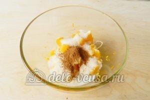 Песочный пирог с апельсинами: Добавить корицу