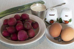Салат из редиски с яйцом: Ингредиенты