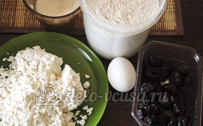 Сырники с черносливом: Ингредиенты