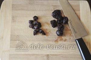 Сырники с черносливом: Подготовить чернослив