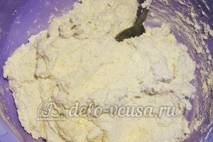 Сырники с фруктами: Замешиваем тесто
