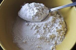 Ванильные сырники: Соединить сухие ингредиенты