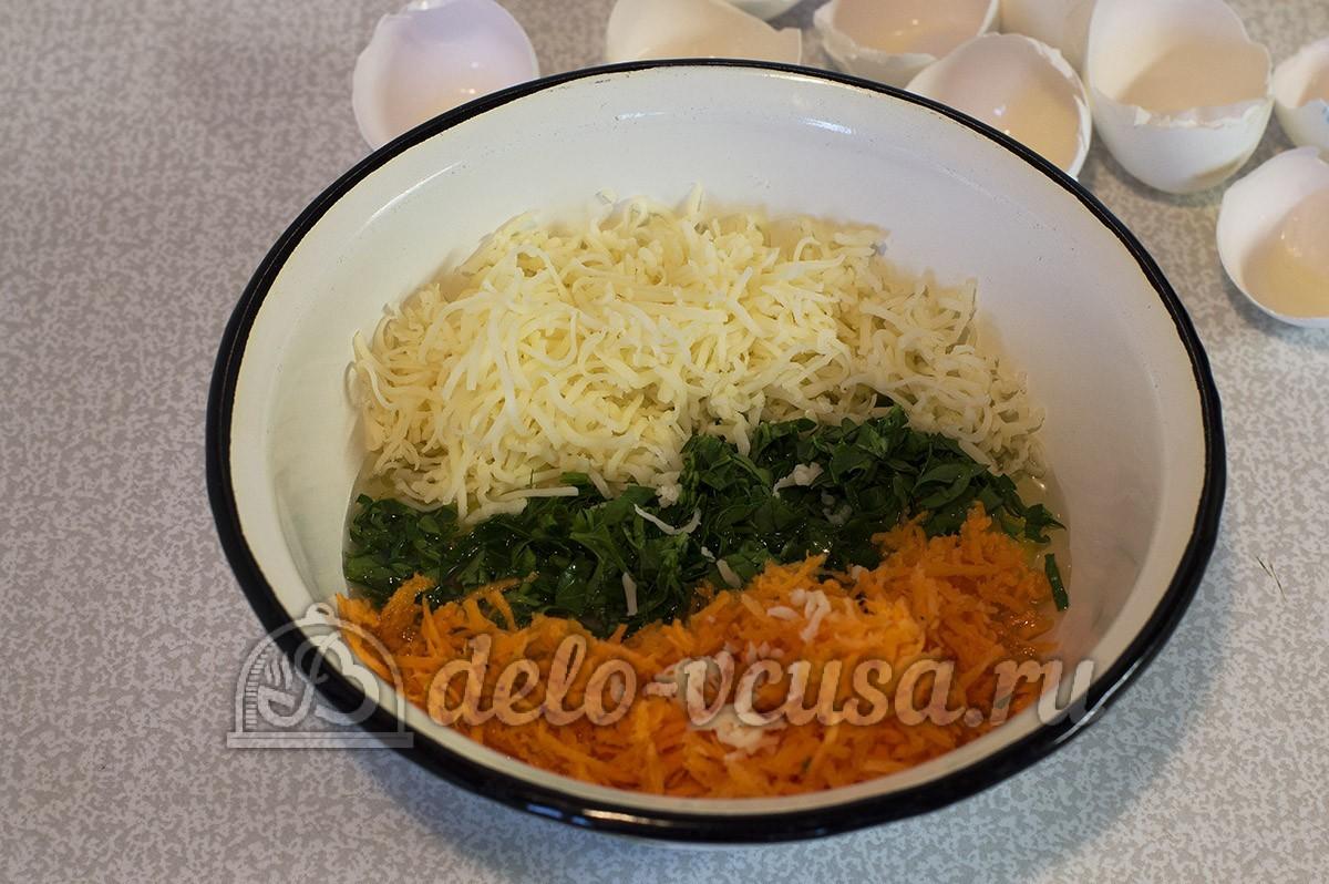 Куриный рулет с омлетом: Измельчила овощи и зелень