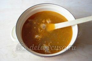 Суп-лапша с мясом: Кладем мясо в кастрюлю