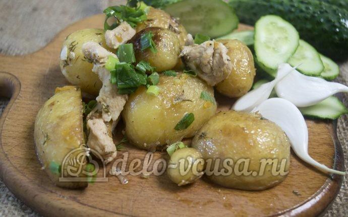 Молодая картошка с курицей