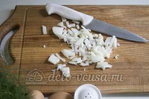 Оладьи из картофельного пюре: Подготовить лук