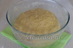 Пирожки с яйцом и луком в духовке: Замесить тесто