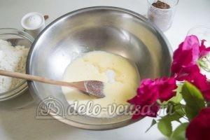 Пирог с клубникой и заварным кремом: Растопить масло
