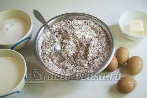 Шоколадный торт с черникой: Соединить сухие ингредиенты для теста