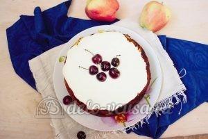 Шарлотка со взбитыми сливками: Пирог украсить кремом