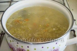 Суп с молодой картошкой и курицей: Добавить в суп овощи