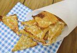 Чипсы из лаваша с сыром