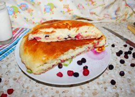 Дрожжевой пирог с малиной